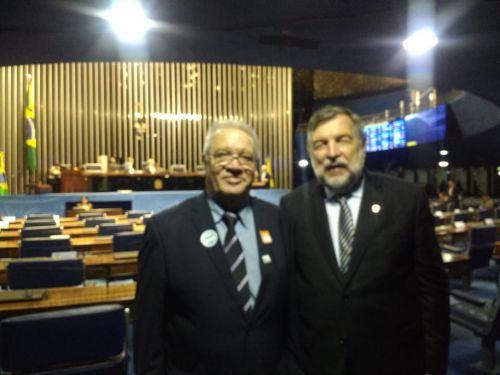Mario se encontra com senadores Flávio Arns e Oriovisto Guimarães e solicita novas emendas
