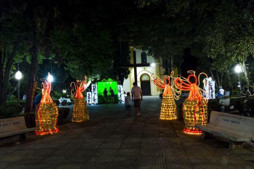 Decoração Natalina prepara Ribeirão Claro para as festas de final de ano