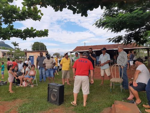 Inaugurado campo da de futebol da Cachoeira