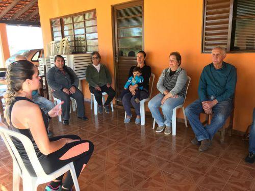 Cras Itinerante leva programas da Prefeitura ao Bairro Rural Ruvina