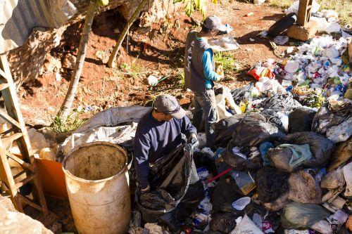 Aterro sanitário de Ribeirão Claro já atende legislação