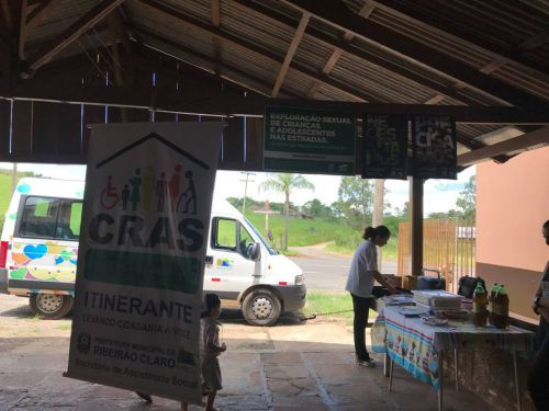 Cras Itinerante leva programas da Prefeitura ao Bairro Rural Água da Mula.