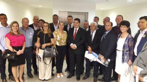 Prefeito Mario participa de evento em Brasília em busca de recursos para o município
