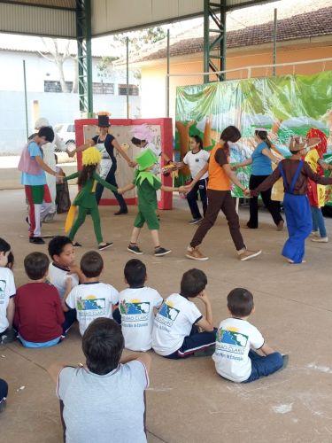 Teatro na Escola Municipal João Teodoro da Silva
