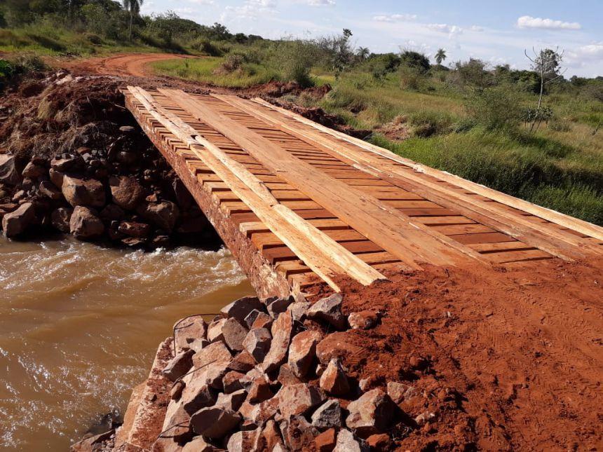 Reconstrução da ponte na Estrada 30