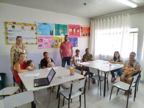 CRAS realiza encontro com famílias das crianças e adolescentes do SCFV