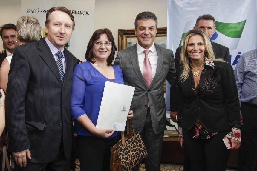 Prefeita Telma recebe autorização para licitar obras no ginásio de esportes de Guamiranga