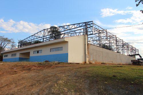 Troca do Telhado do Ginásio Municipal de Esportes de Guamiranga