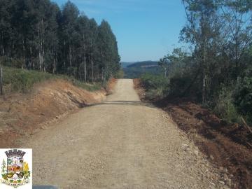 Cascalhamento Estrada