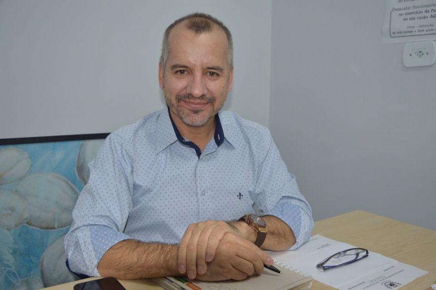 Prefeito Nelinho Nomeia novo secretário municipal saúde de Iguaraçu