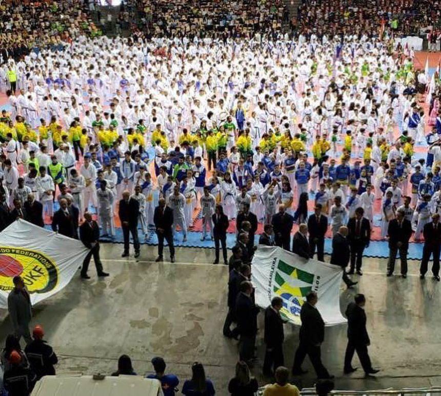 Atleta Iguaraçuense fica em 3º Lugar no Campeonato Brasileiro de Karatê