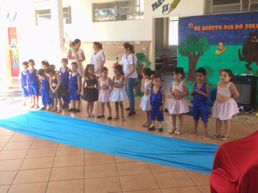 Dia do Folclore é comemorado pela Pré Escola Vamos Crescer Juntos  Educação Infantil