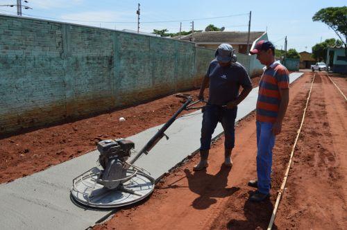 PREFEITURA INICIA A CONSTRUÇÃO DA NOVA PISTA DE CAMINHADA EM VOLTA DO COMPLEXO ESPORTIVO