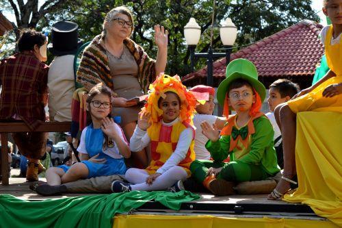 Desfile Cívico de 7 de Setembro foi o maior sucesso em Iguaraçu
