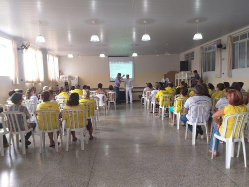 GRUPO DA MELHOR IDADE RECEBEU PALESTRA SOBRE NUTRIÇÃO ALIMENTAR E HÁBITOS DE HIGIENE