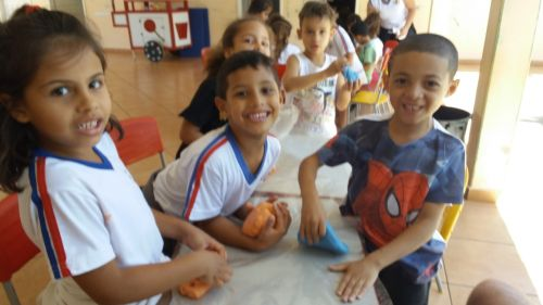 Cmei Vamos Crescer Juntos realizou diversas atividades em comemoração à semana da criança