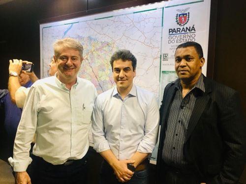 Prefeito Nelinho cobra e Secretário Sandro Alex garante retomada de obras em trechos mais críticos das rodovias da região.