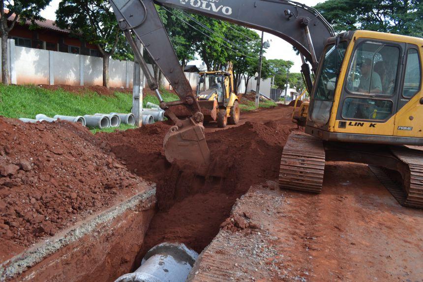 Prefeitura realiza obras de drenagem no João de Barro