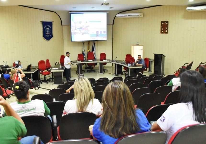 Secretaria Municipal de Saúde presta contas na Câmara sobre atendimentos de maio a agosto