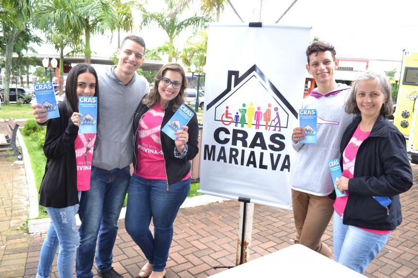 Equipe do CRAS Marialva e do Seja Digital deram orientações socioassistenciais e sobre o kit de TV digital