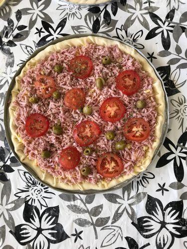 Parceria entre a Prefeitura e o Senac-PR, Curso de Pizza tem início no São Miguel do Cambuí