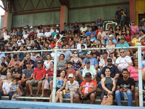A grande final contou com a presença de grande público no Estádio Braz Clementino de Mendonça
