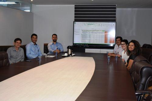 Delegação de Mandaguari faz visita técnica ao Setor de Compras de Marialva