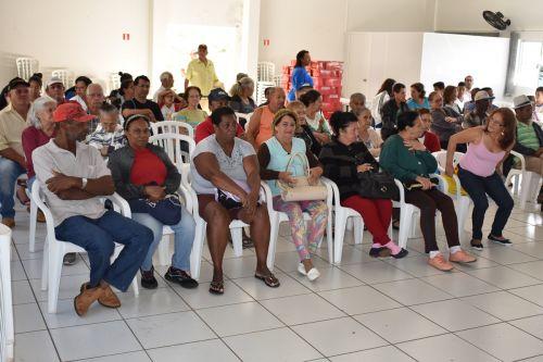 Beneficiários do Leite do Idoso participam de encontro