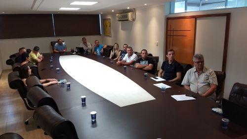 Serviço de Inspeção Municipal de Marialva reúne proprietários de açougues no Paço Municipal