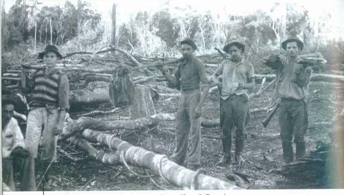 Agrimensores da CTNP. (Arquivo Companhia de Terras Norte do Paraná)
