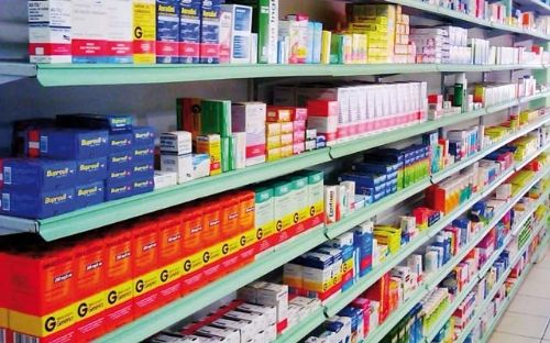 Com novo decreto, farmácias permanecem com autorização para abrir durante a quarentena