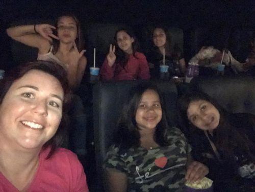 """Toda Menina"" vai ao cinema"