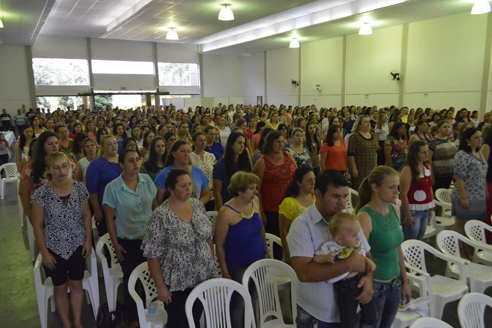 Mais de seiscentas pessoas participaram da abertura do ano letivo