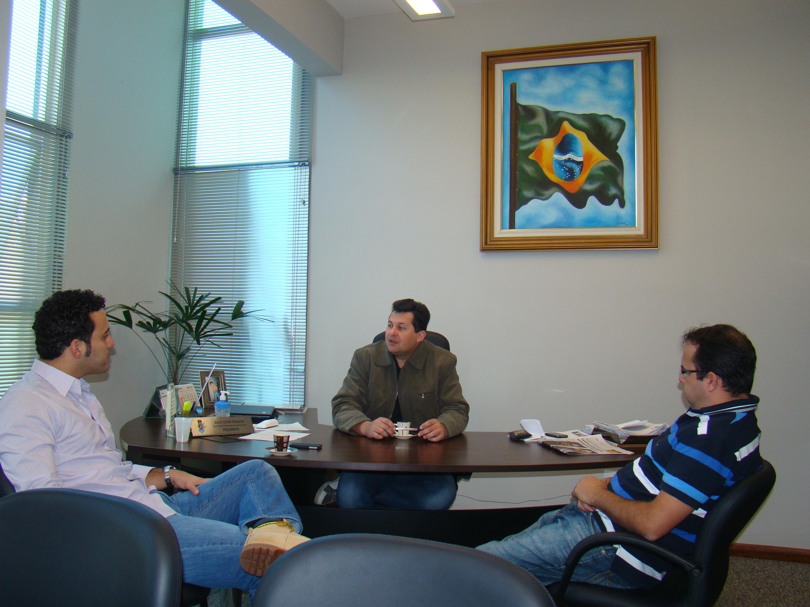 Deputado Bernardo Ribas Carli anunciou que emendas parlamentares para a sa�de beneficiam Prudent�polis.