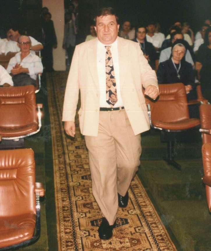 Stefaniak durante a solenidade de posse ao cargo de Vereador na C�mara Municipal