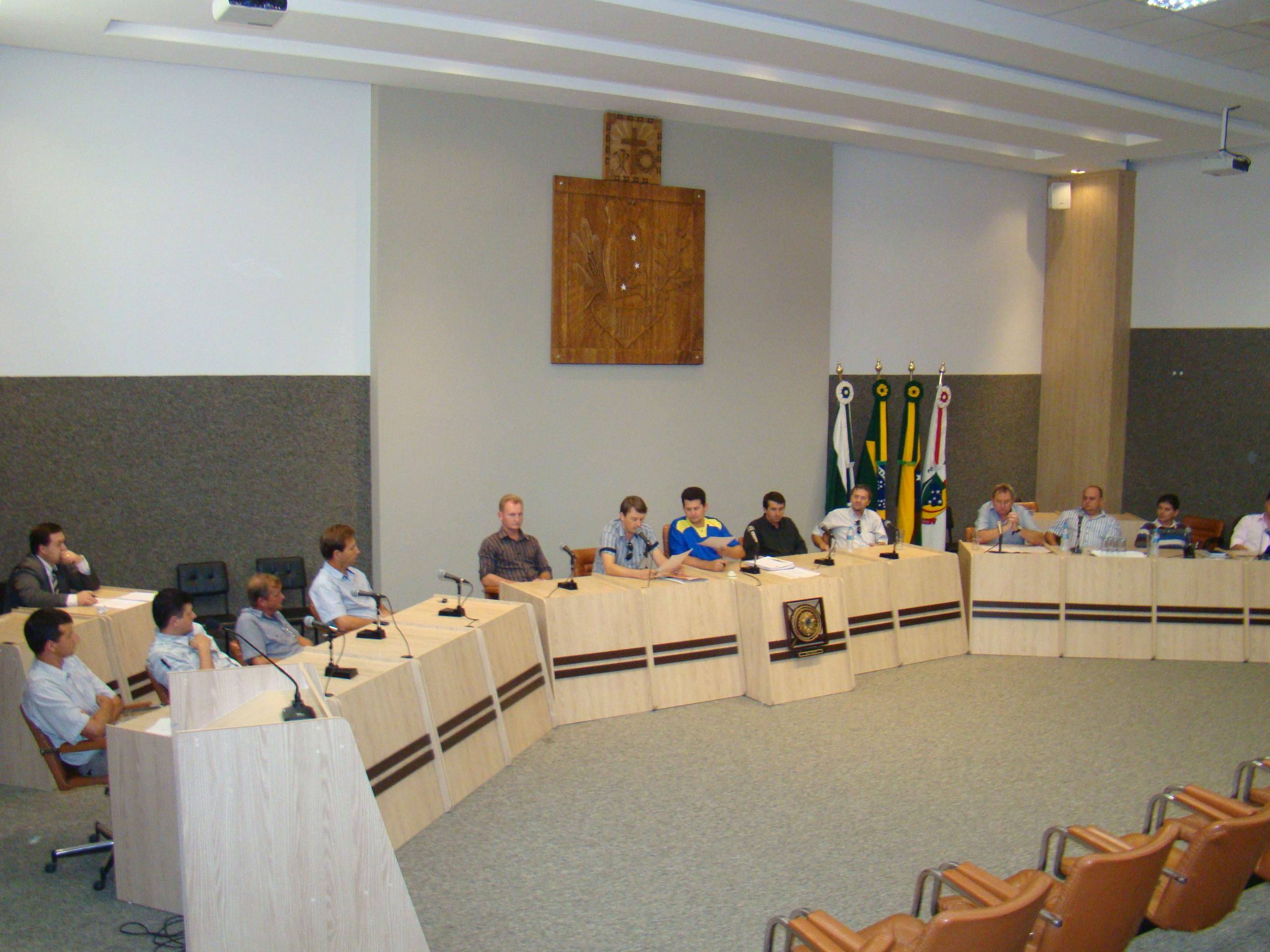 Vereadores aprovaram lei municipal que institui o órgão de defesa do consumidor.