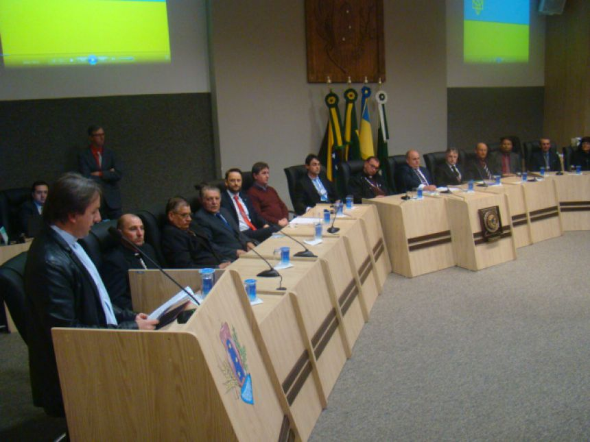 GRUPOS VESSELKA, IRMANDADE DOS COSSACOS E PADRES FALECIDOS SÃO HOMENAGEADOS