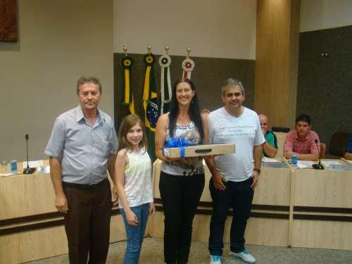 Vereador Osmar Pereira; Vereadora Mirim Natalie Gardaz Petriu; Professora Jos�lia Koupak e Presidente da Aciap, S�rgio Santos Gomes.