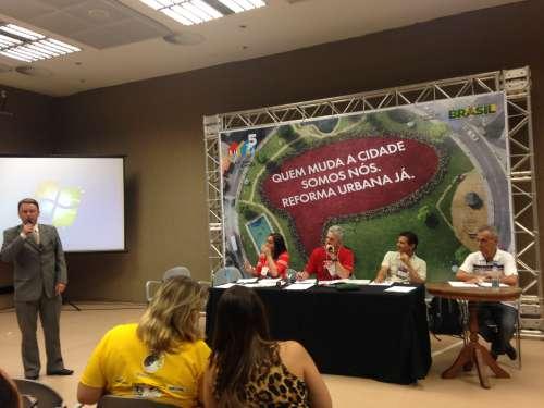 Vereador Luciano discutiu temas e propostas junto a legisladores de v�rias regi�es do Brasil