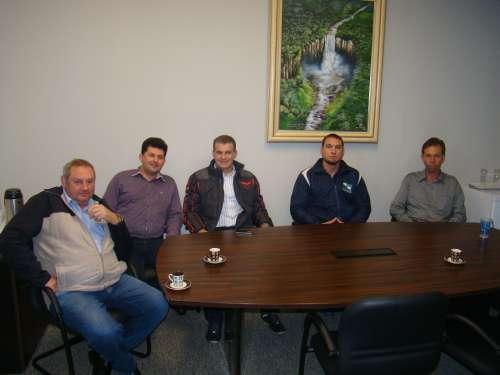 Vereadores do PSD, Jos� Petez, J�lio Makuch, e Jo�o Michalichen Neto, recebem o ex-secret�rio de Esportes Evandro Roman e o Gerente do Programa Paran� Saud�vel Luis Henrique Martins