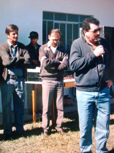 Prefeito Markiano, Vice Techy e Presidente Edgard durante solenidade de inaugura��o de escola