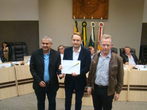 Presidente da Aciap S�rgio Gomes, Vereador Luciano e dirigente Eudes Primon