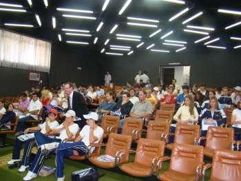 Diversas audi�ncias p�blicas foram realizadas com participa��o da comunidade.