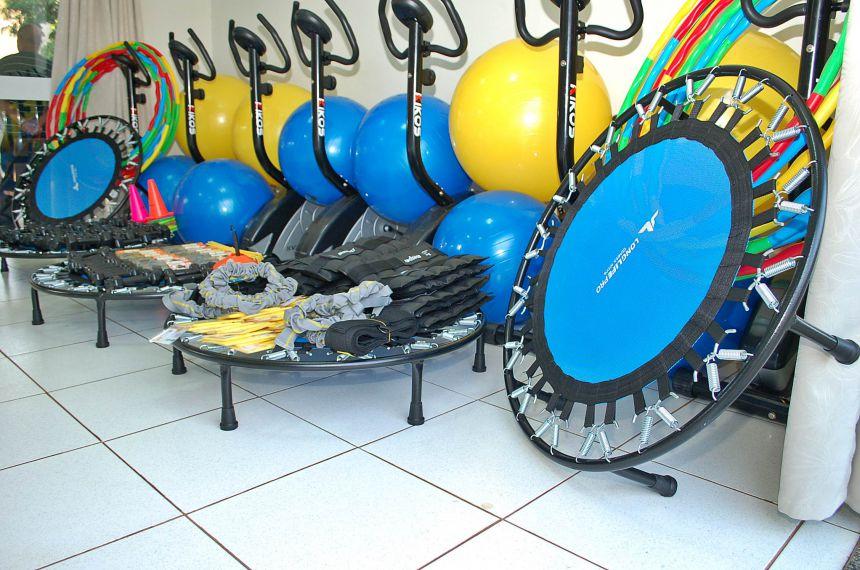 Prefeitura  entrega equipamentos para incentivar a pratica de execícios