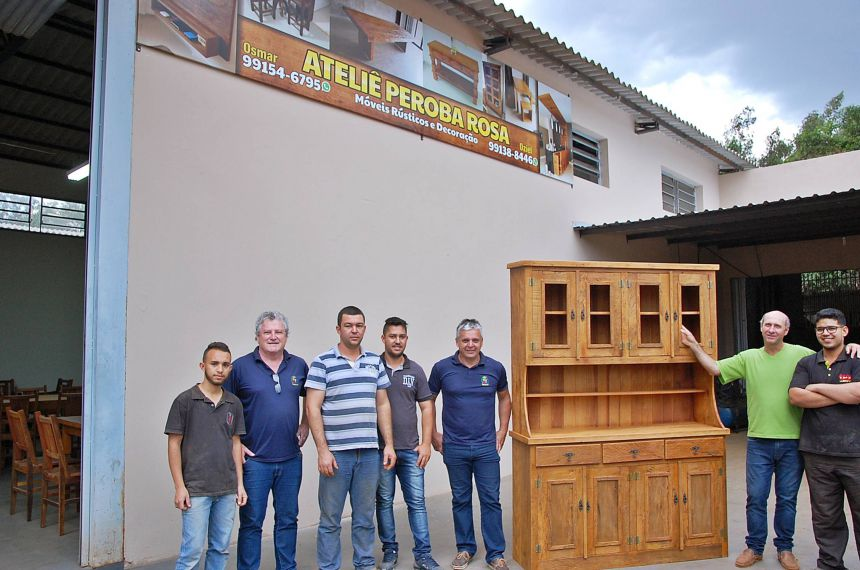 Com incentivo da prefeitura é inaugurado o ateliê peroba rosa em São Tomé
