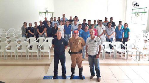 Administração de São Tomé promove palestra de conscientização para motoristas