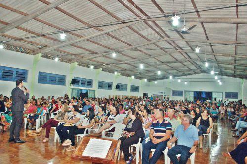 Prefeitura  promove palestra para pais de adolescentes