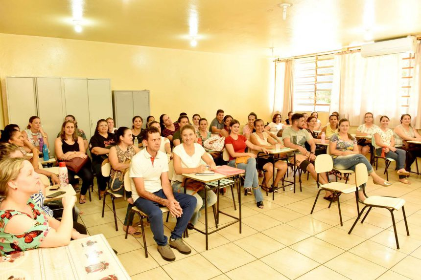 ENCERRAMENTO  DA SEMANA PEDAGÓGICA DOS PROFESSORES DA REDE MUNICIPAL DE ENSINO