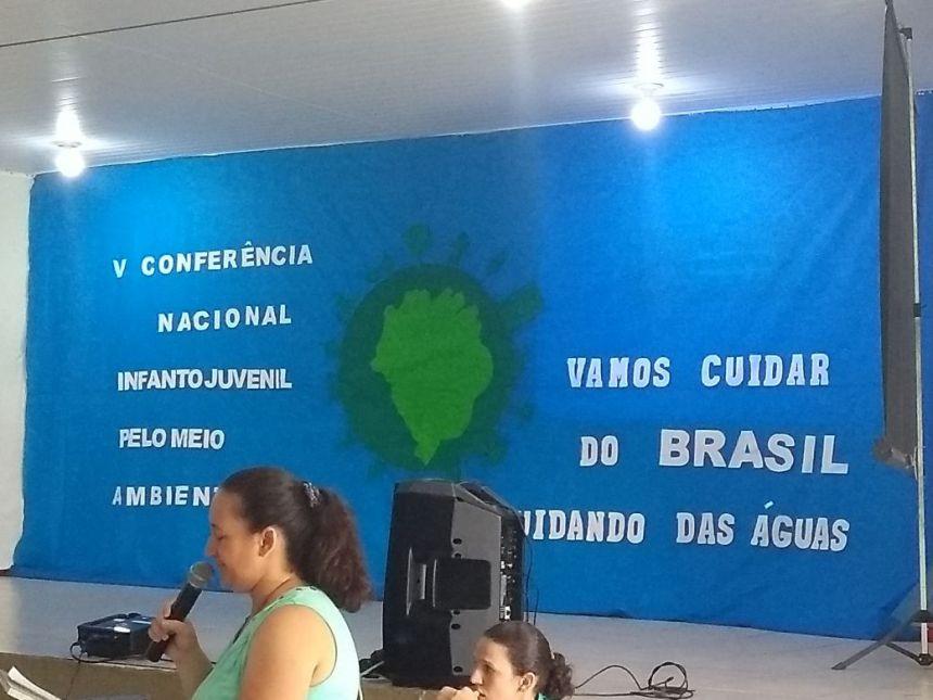 """Secretaria de Meio Ambiente realiza palestra para capacitação de alunos """"Proteção e Recuperação de Nascentes""""."""