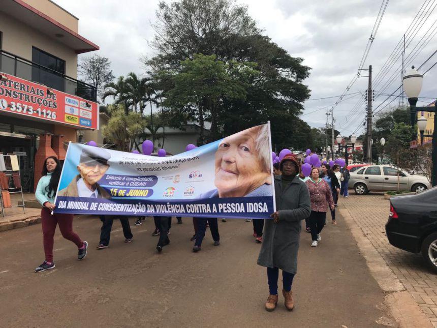 Mobilização Contra a Violência à Pessoa Idosa.